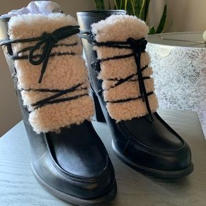 New Ugg Annalise Boots with Fur Detail